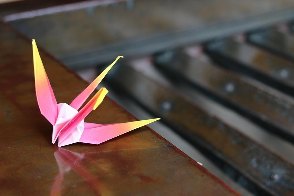 origami-343818_960_720